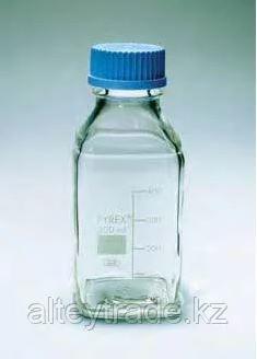 Бутыль стеклянная квадратная с завинчивающейся крышкой d-45 мм, со шкалой (250 мл) (Pyrex)