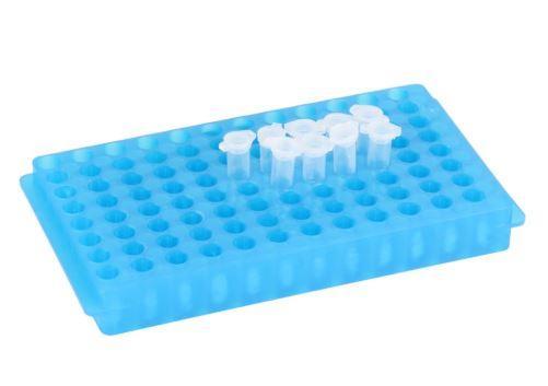 Стойка для микроцентрифужных пробирок пластиковая (96 гнезд, d пробирок 10-12 мм), белая (PP) (VITLAB)