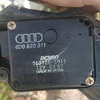 Моторчик заслонки печки (сервопривод) Audi A8 / D2 / 4D (1994-1998) Ауди а8 д2 4д 4D0820511A