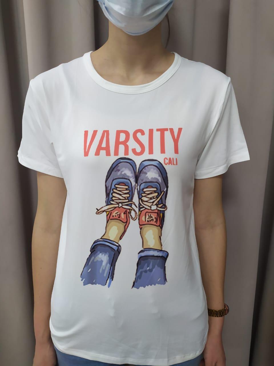 Женская футболка varsity