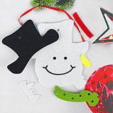 Набор для творчества - создай ёлочное украшение из фетра «Милый снеговичок», фото 2