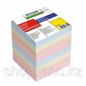 Блок для заметок цветной 8*8*8  Б318 СТАММ