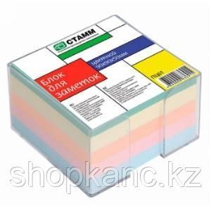 Блок для заметок цветной 9*9*5 в прозрачном пластбоксе  ПЦ61 СТАММ