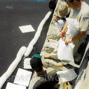 Стандартные масловпитывающие салфетки для использования на промышленных предприятиях и на воде