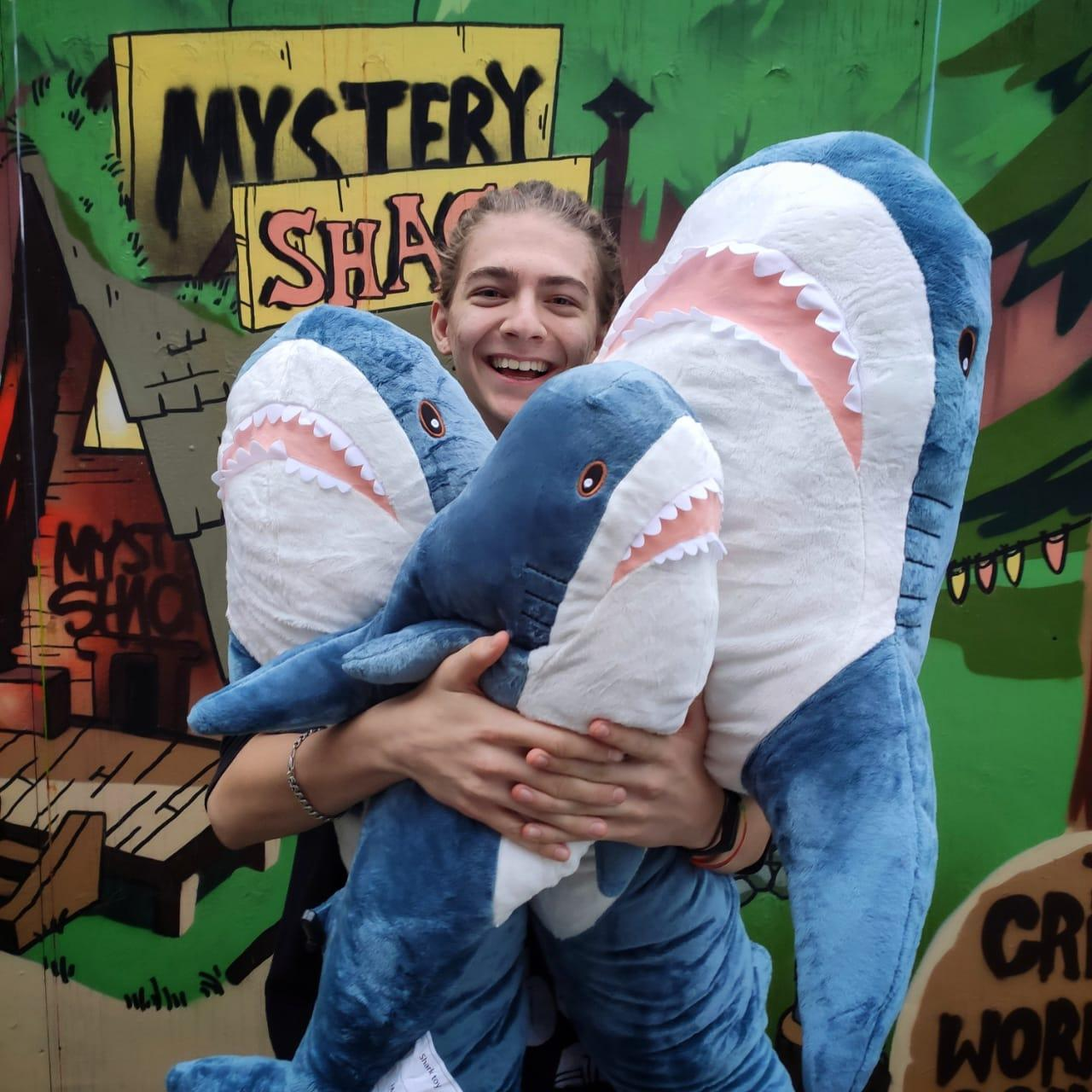 Плюшевая Акула Блохэй 140 см