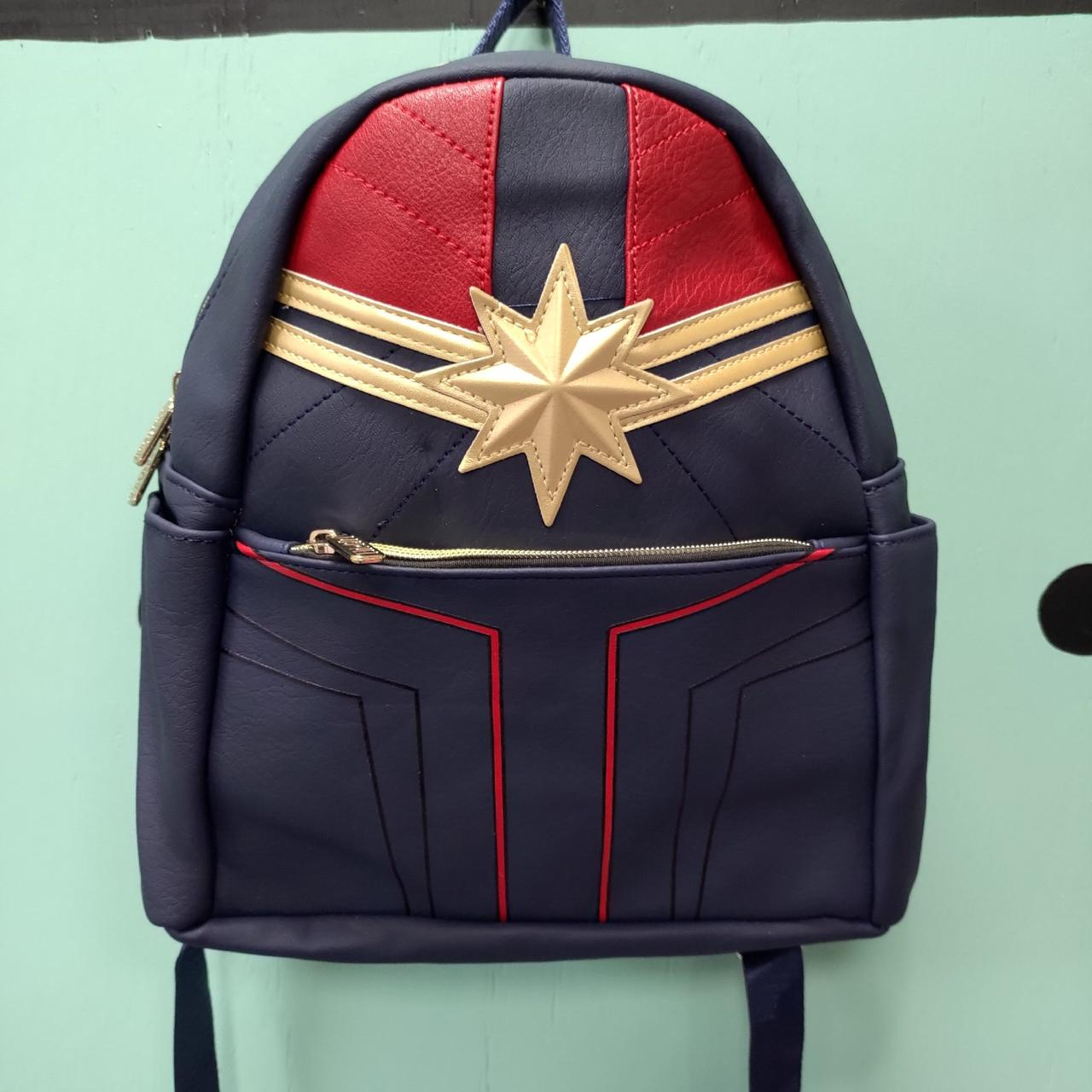 Кожзамовый рюкзак Капитан Марвел