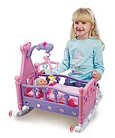 Кроваткой для кукол с мобилем 661-03A
