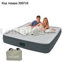Надувной матрас двуспальный со встроенным электронасосом и сумка Intex Deluxe 64414 (152х203х46 см)
