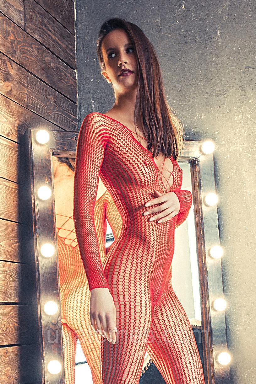 Костюм-сетка Erolanta Net Magic бесшовный с имитацией шнуровки, красный, S/L