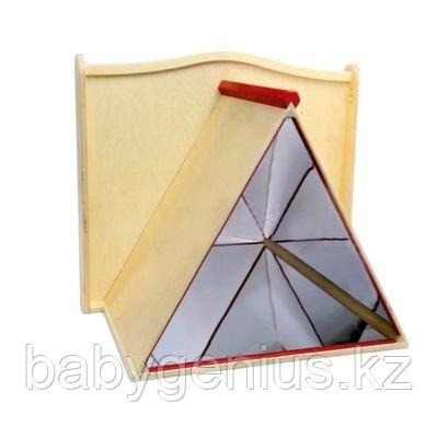 Панель для игровых зон Зеркальная пирамида
