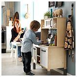 Игровая мебель и посуда
