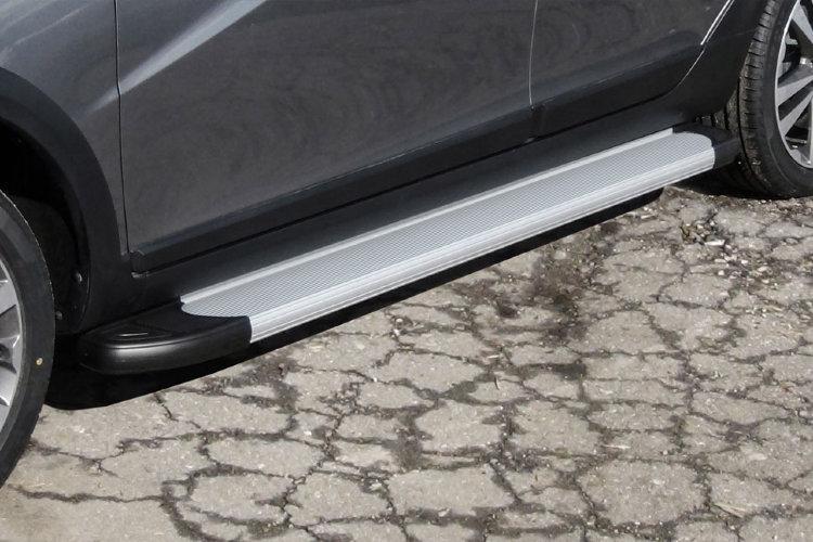 "Пороги алюминиевые ""Optima Silver"" 1800 серебристые Lada Vesta SW Cross"