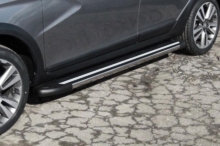 """Пороги алюминиевые """"Luxe Black"""" 1800 черные Lada Vesta SW Cross"""