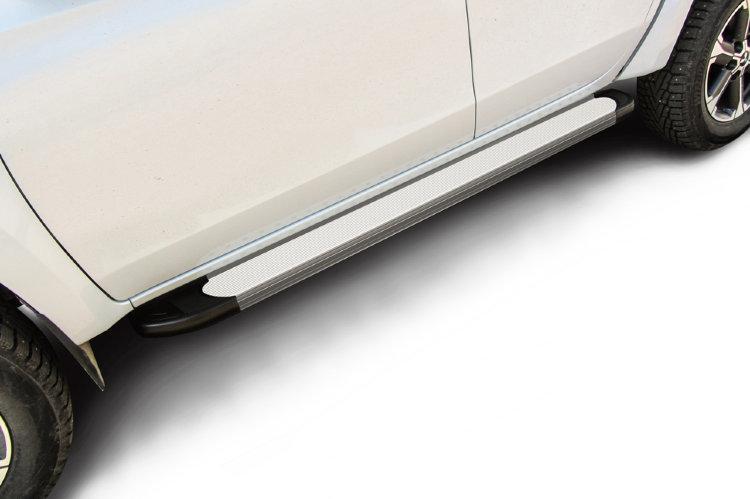 "Пороги алюминиевые ""Optima Silver"" 1800 серебристые Mitsubishi L-200 (2018)"