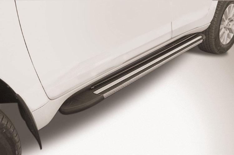 """Пороги алюминиевые """"Luxe Black"""" 1600 черные Toyota LC Prado J150 (2017)"""