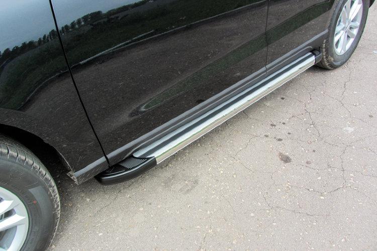 """Пороги алюминиевые """"Luxe Silver"""" 1800 серебристые Zotye T600"""