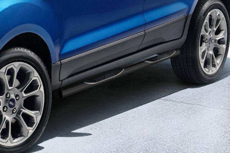 Защита пороговd d76 с проступями черная Ford EcoSport (2017)