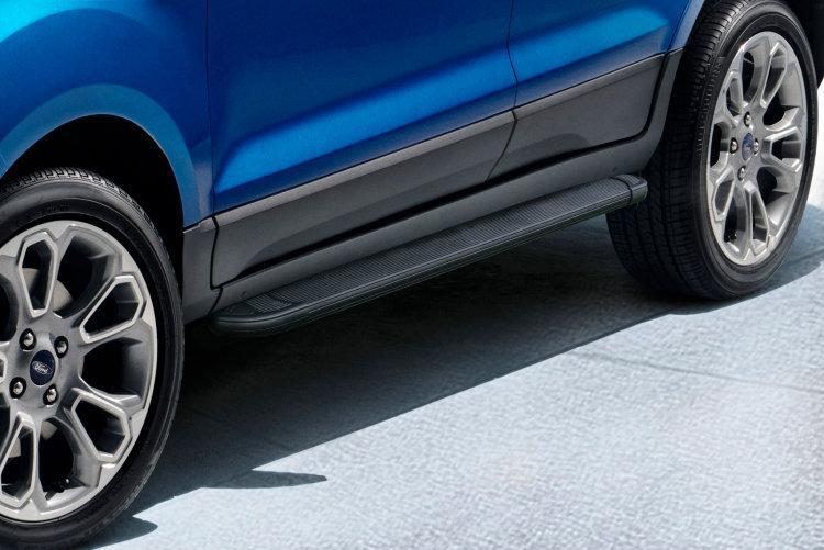 Пороги алюминиевые Optima Black 1600 черные на Ford EcoSport (2017)
