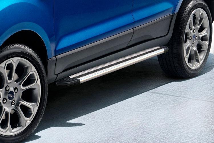 Пороги алюминиевые Luxe Silver 1600 серебристые на Ford EcoSport (2017)
