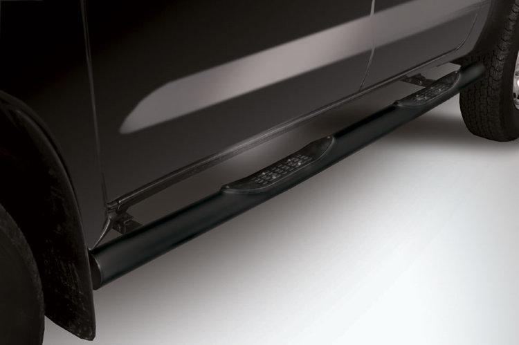 Защита порогов d76 с проступями черная Toyota Hilux (2011) рестайлинг