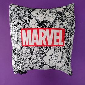 Плюшевая подушка Марвел