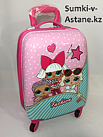 Детский чемодан на 4-х колесах,для девочек 5-7 лет.Высота 46 см, ширина 30 см,глубина 22 см., фото 1