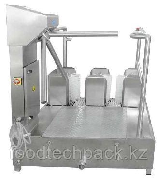 Проходная машина для чистки сапог с вращающимся барьером 12.1200.00