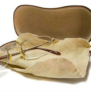 Аксессуары для очков и контактных линз, общее