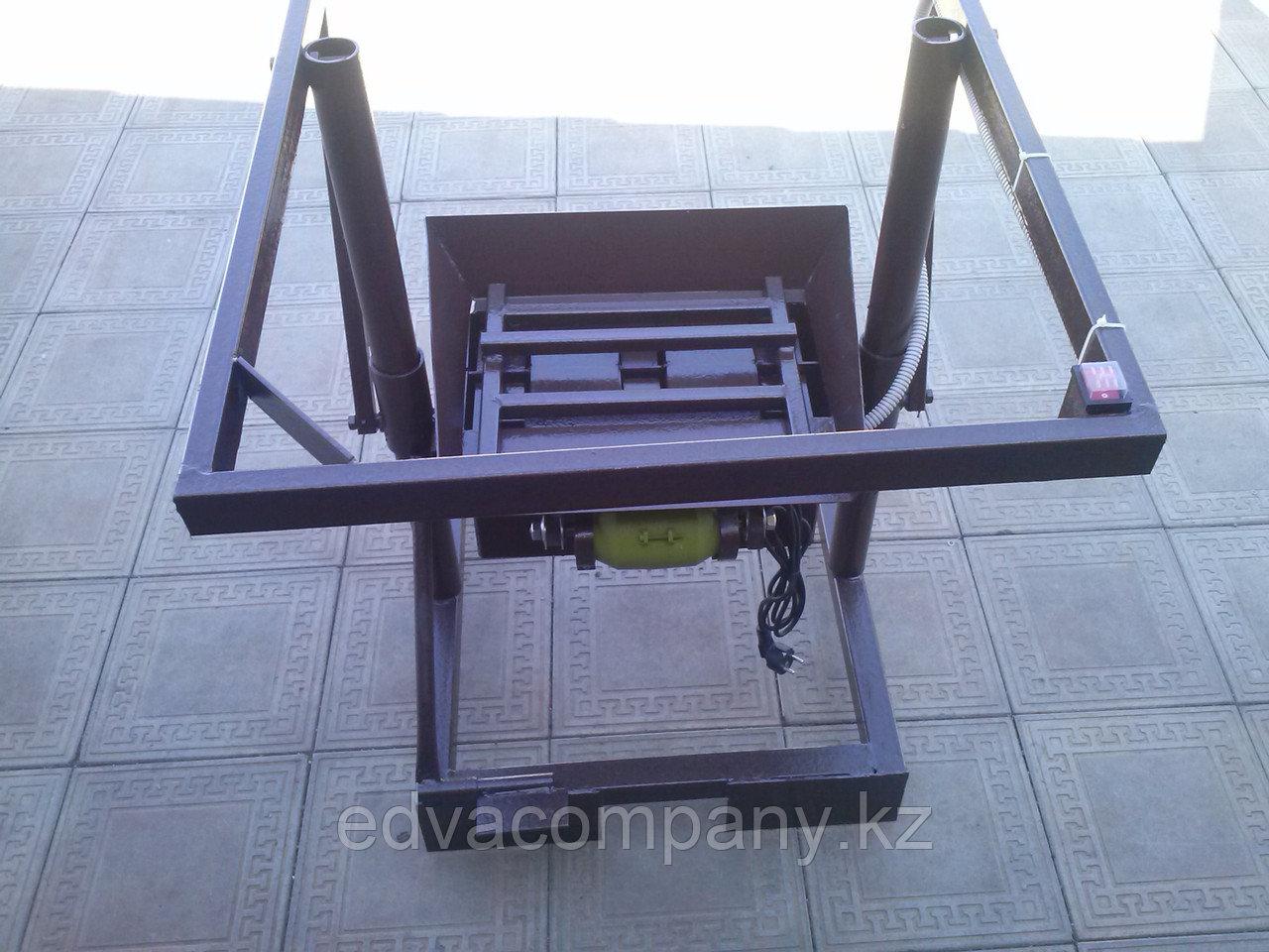 Станок для производства пескоблока