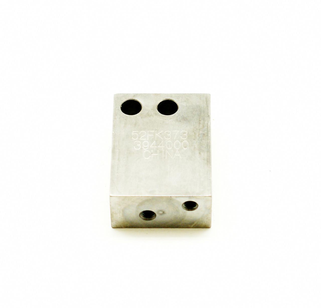 Проставка заднего крепления компрессора Cummins ISL9, QSL 3944000