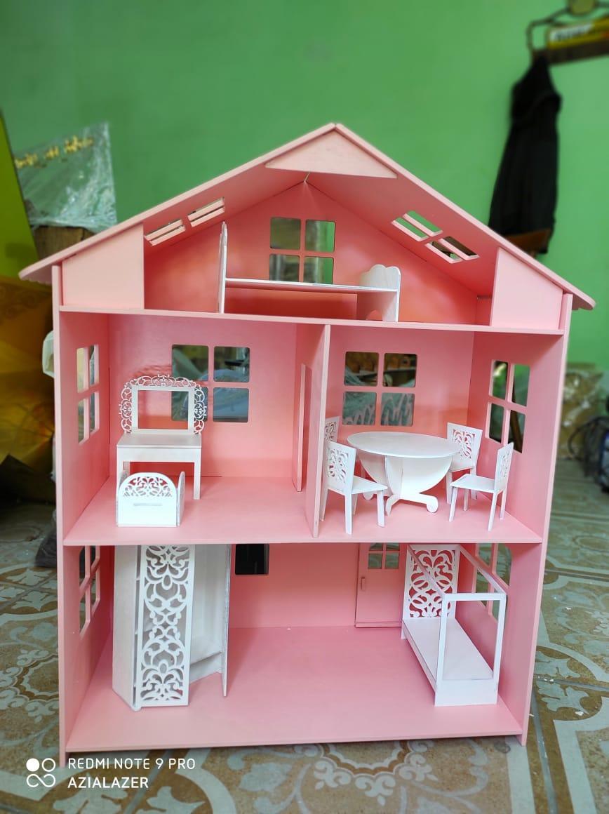 Кукольный домик (в комплекте 10 предметов мебели)
