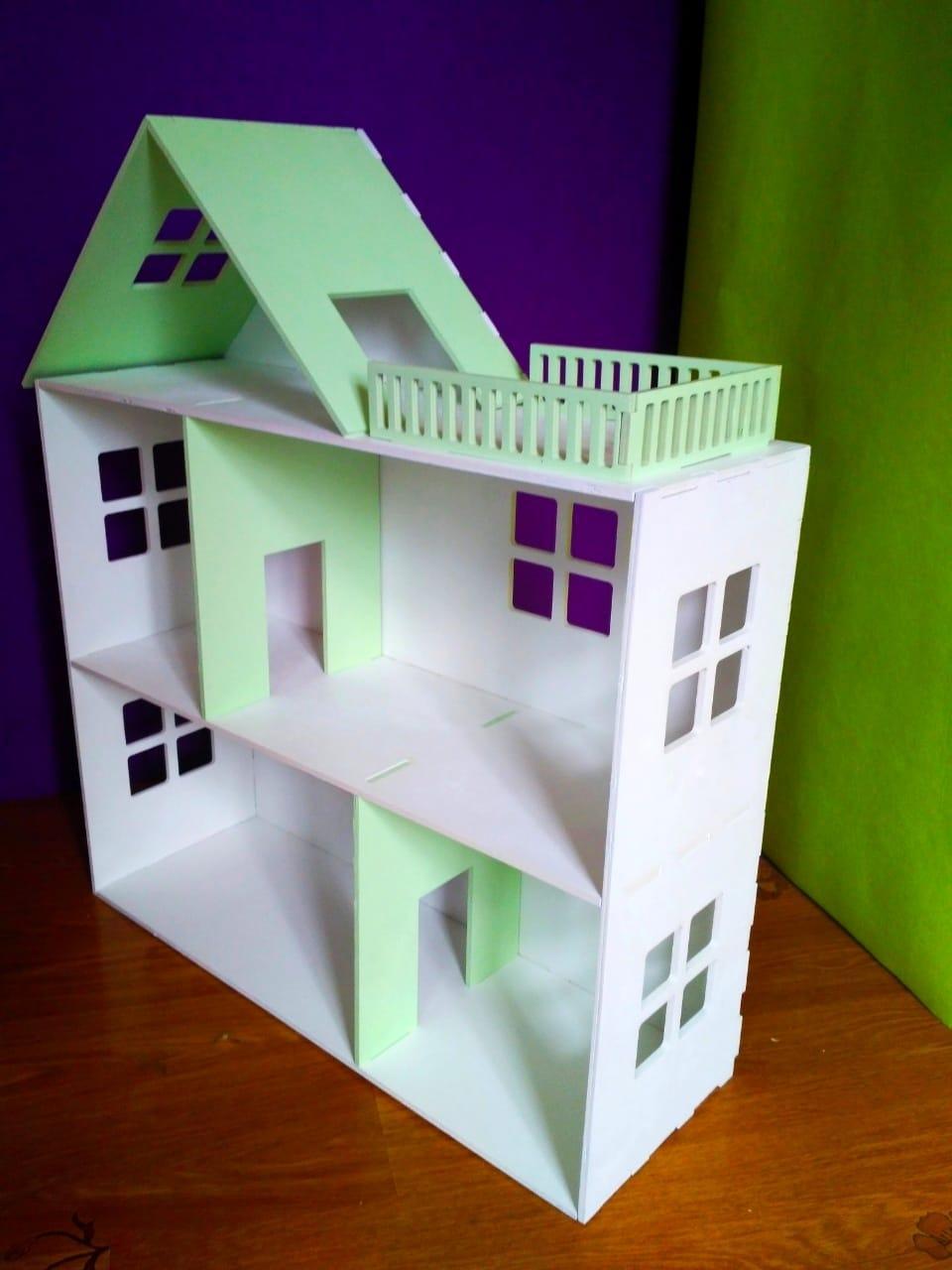 Кукольный домик (без мебели)