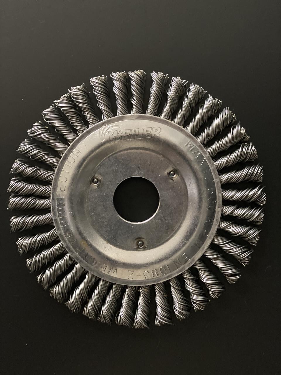 Щётка дисковая D 125 x 6 x 22,2 mm. Weiler Жгутовая стальная проволока 0,5mm
