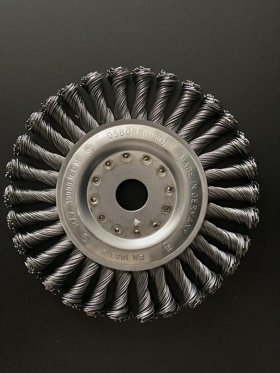 Щётка дисковая D 178 x 13 x 22,2 mm. OSBORN Жгутовая стальная проволока 0,8mm