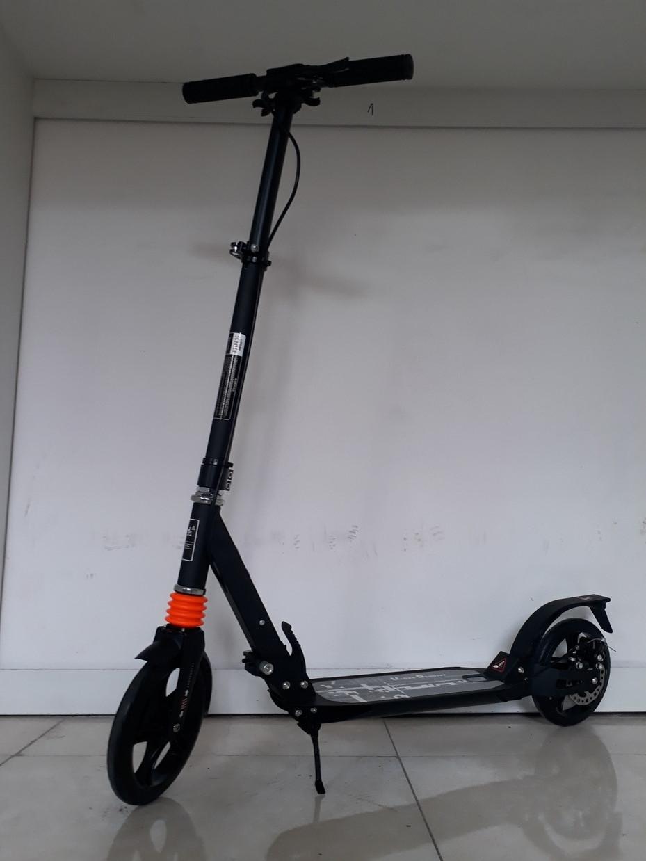 Взрослый самокат Urban Scooter с ручным тормозом. До 100 кг. 145-195 см.