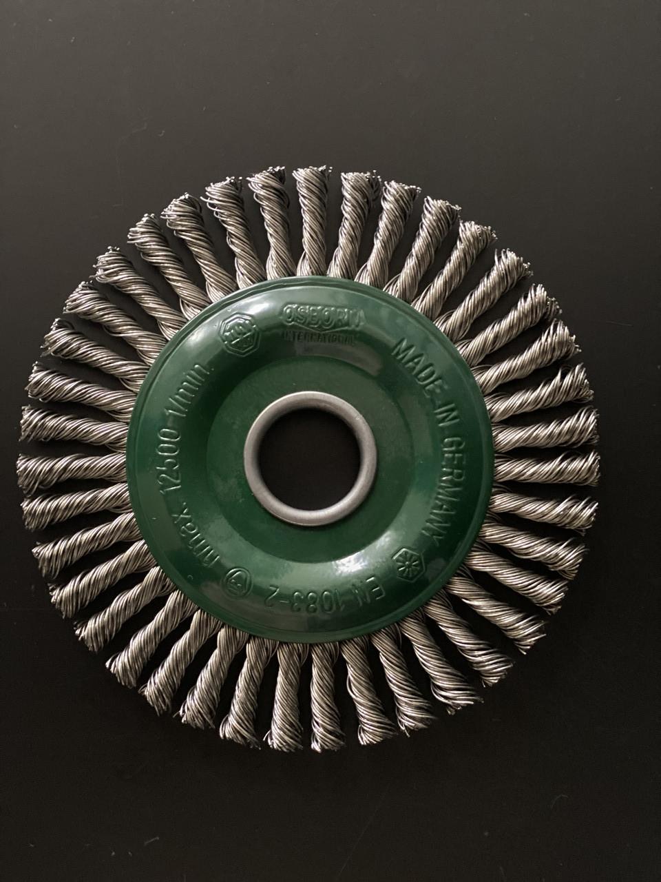 Щётка дисковая D 125 x 6 x 22,2 mm. OSBORN Жгутовая нержавеющая проволока 0,35mm