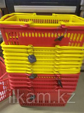 Пластиковая корзина четыре колесика, фото 2