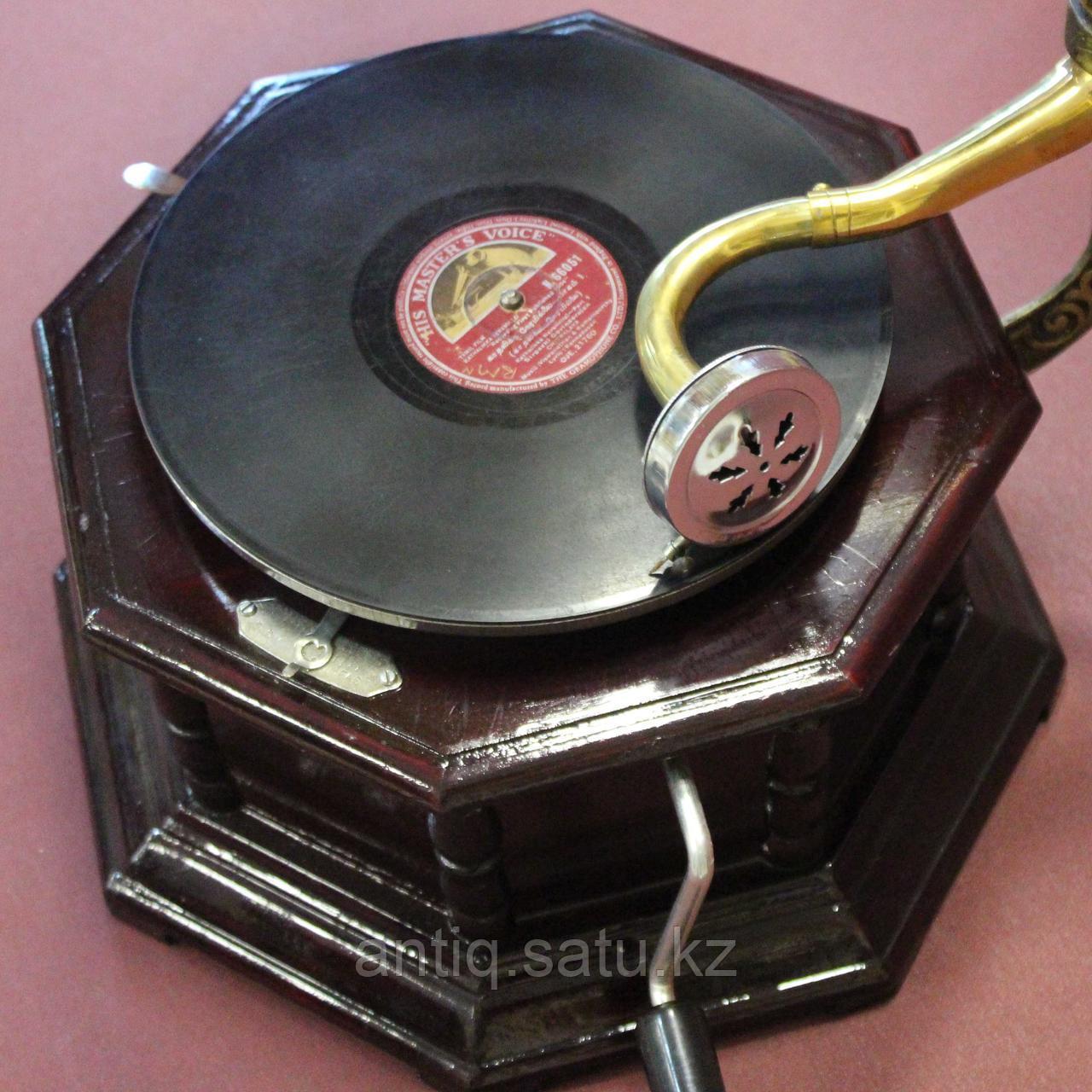 Граммофон. 5 старинных пластинок в подарок покупателю. - фото 4