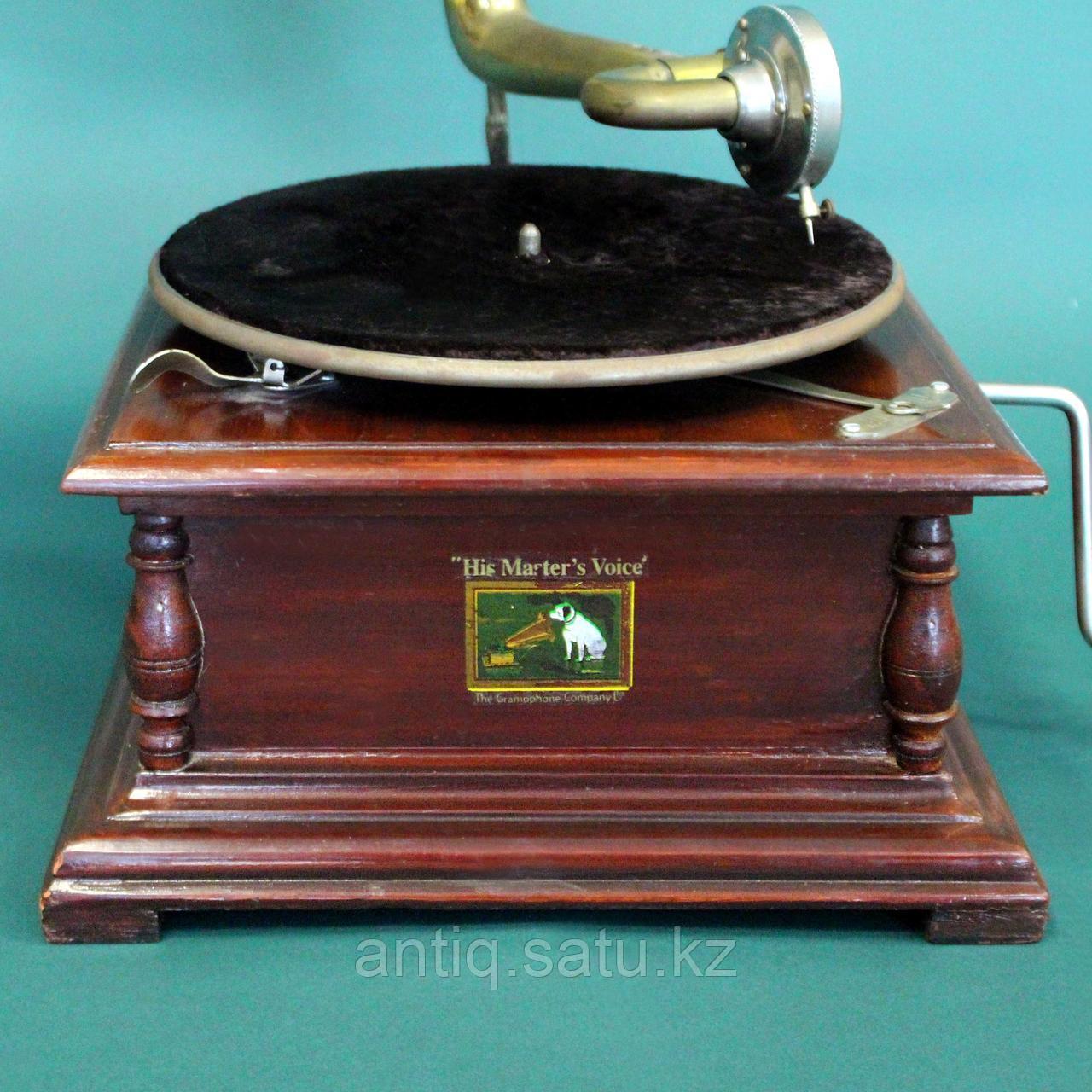 Граммофон. Victor His Masters Voice. 5 старинных пластинок в подарок покупателю. - фото 4