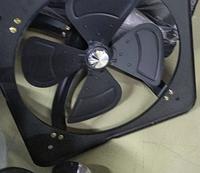 Осевой вентилятор с настенной панелью
