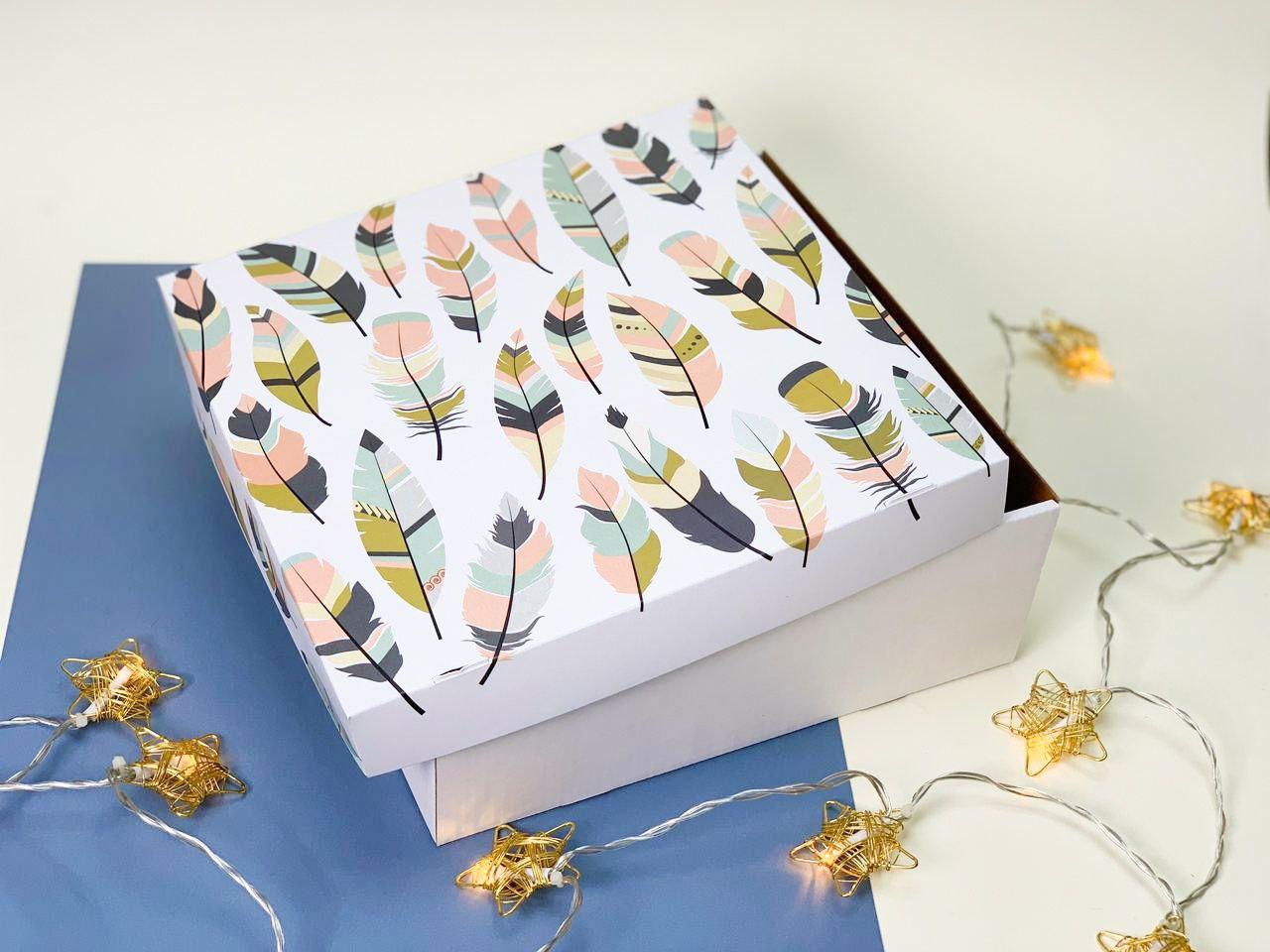 "Подарочная коробка ""Перо"". Размер: 25*25*9"
