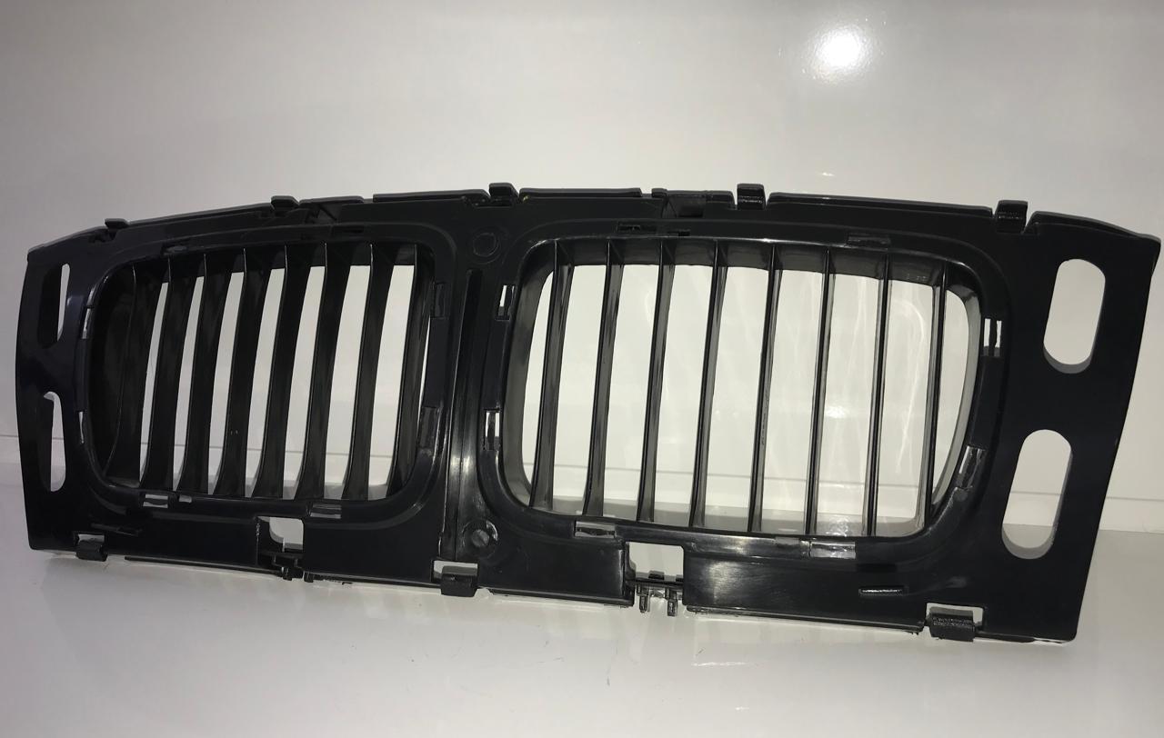 Решетка радиатора - фото 3
