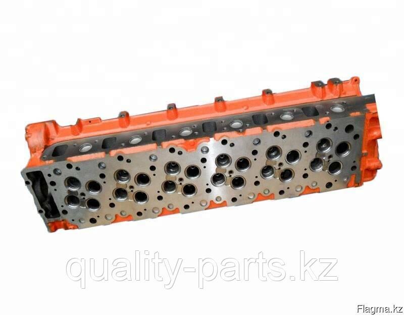 Головка блока цилиндров на Hitachi ZX330