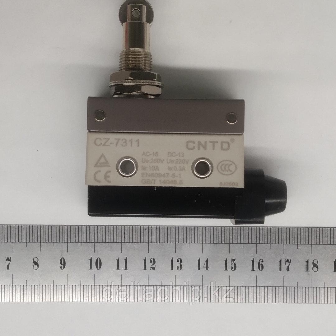 Концевой выключатель 52х40х18, колесо на штоке 35мм