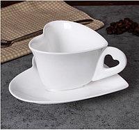 Чашка с блюдцем сердечко. Маленькая 160мл.
