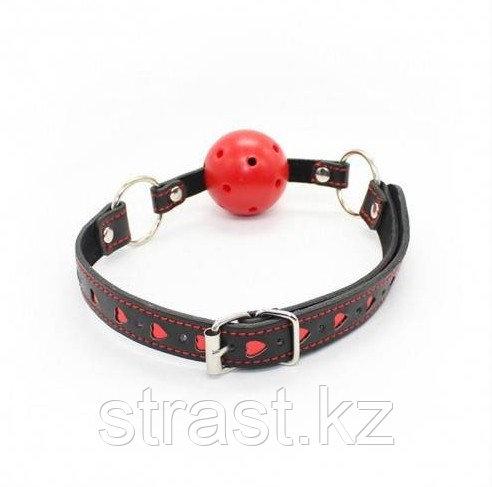 Кляп-шар БДСМ black-red с сердечками
