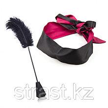 Черный стек-щекоталка Feather Crop