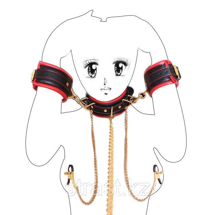 Кожаные наручники с ошейником и зажимами для сосков