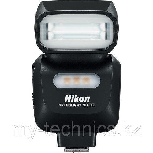 Вспышка  Nikon SB500