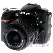 Фотоаппарат Nikon D7000 kit 18-55mm + Батарейный блок
